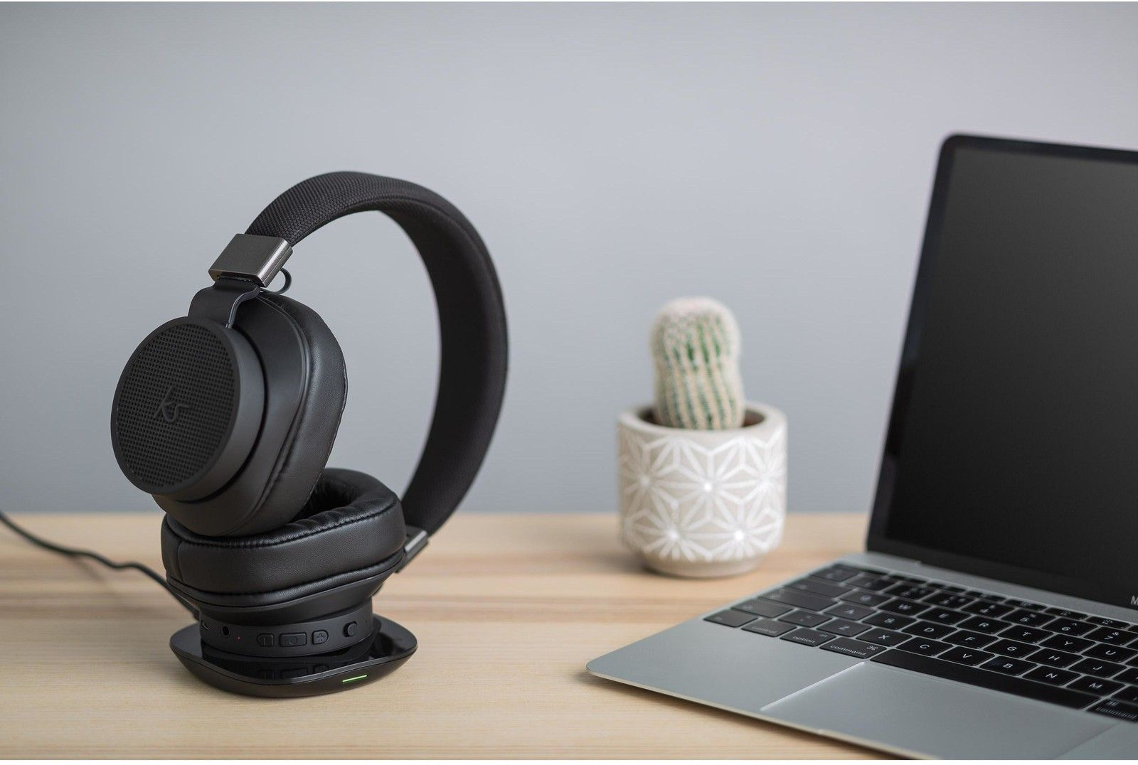 Kitsound District Bluetooth Headphones with Qi Charging