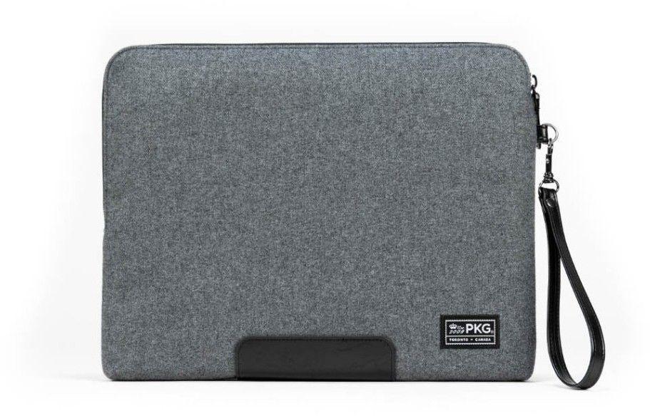 PKG Slouch Sleeve (Macbook Pro 13/iPad 12,9) - Grå ull